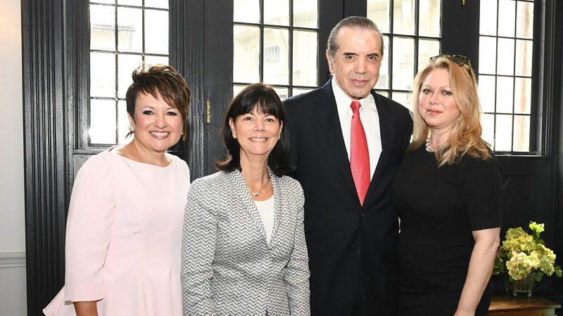 Chazz Palminteri and wife, Gianna Palminteri