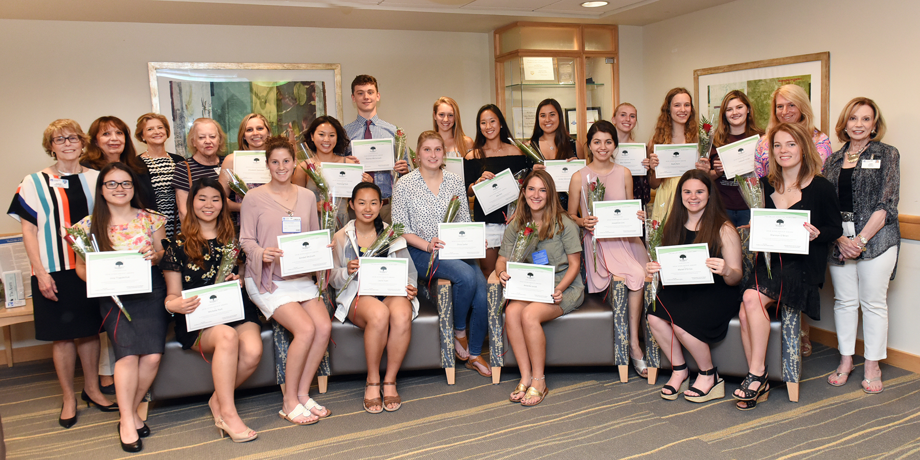 The Valley Hospital Auxiliary scholarship recipients